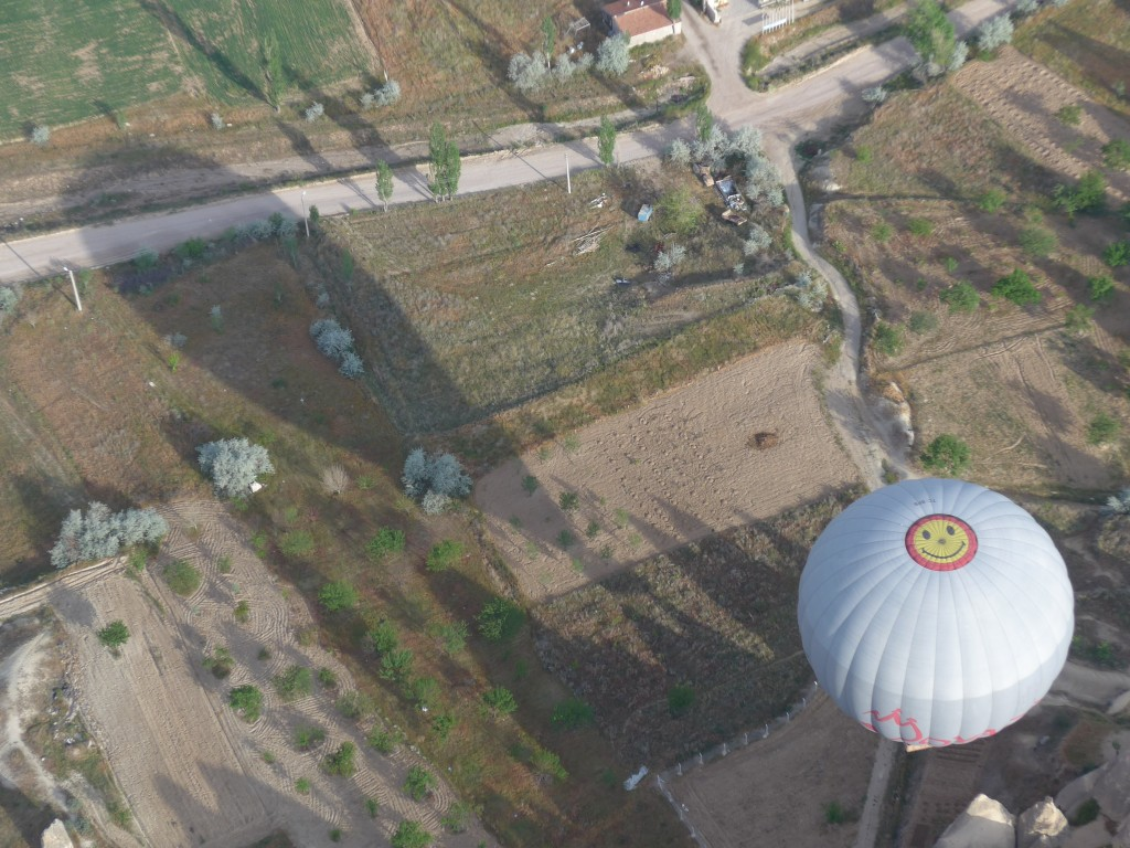HOT AIR BALLOON SMILEY